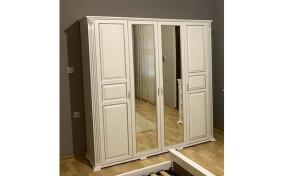 Шкаф Ларго 4- х дверный с зеркалом