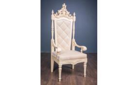 Мягкое кресло Трон в ткани