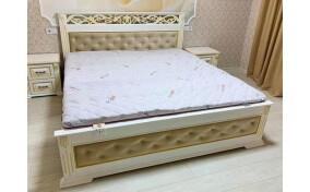 Деревянная двуспальная кровать с подъёмным механизмом Ларго